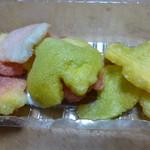 ふふふあん - 乾燥したお麩を揚げたお菓子