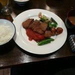 洋食katsui - 山県牛のビーフカツレツ