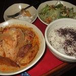 ティー&ティー ジンジャー - チキンスープ(お昼のランチ)