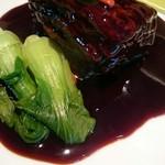老虎菜 - 黒酢のとろとろ角煮酢豚!チンゲン菜も旨いで!