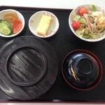ひさごや食堂 - 料理写真:ミックスソース丼一番人気だそうです