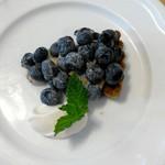 フクモト - 料理写真:ブルーベリータルト