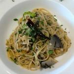 フクモト - 料理写真:鮎と枝豆のペペロンチーノ 1800円コース