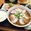 吉川屋 - 料理写真:チャーシュー麺定食 ¥880!!