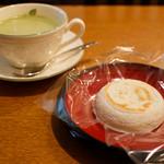 茶房きくち - 抹茶カプチーノセット 600円
