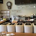 新世界グリル 梵 - 内観写真:並ぶトースター