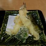 旬のご馳走ごはん 山水草木 - 天ざるのおそば(冷)の天ぷら
