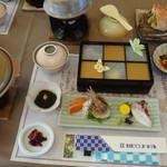 北国グランドホテル - 夕食一覧。北国グランドホテル(北海道利尻島)食彩品館.jp撮影