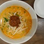 上海湯包小館 - 料理写真:坦々麺