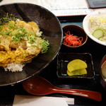 大空食堂 - 黒豚ロースカツとじ丼¥1,100-