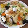 鶏舎 - 料理写真:五目焼ソバ950円、具はちょっと寂しい