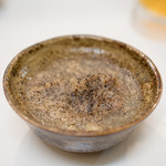 ホルモン千葉 - 2016.7 お通しの豚アバラ煮込み(300円)