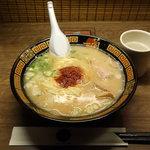 一蘭 -  ラーメン790円( ニンニク・白ネギ・青ネギ・秘伝ダレ5倍)
