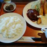 レストランポム - ハンバーグ&海老フライ