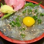 沖ちゃん - ミニしらす丼(300円)