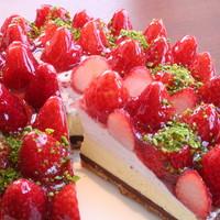 ケーキ工房併設で豊富なスイーツが魅力!