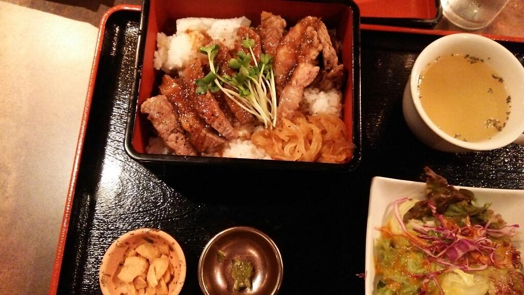 鉄板焼 Mangetsu 京橋店