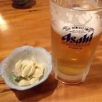 三貴 - 料理写真:ビールとお通し