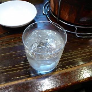 炭火焼肉 ぐら - ドリンク写真:赤兎馬のゆず酒
