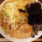 七代目哲麺  - 「豚骨醤油全部入り」900円