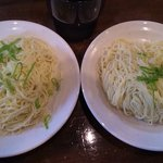 七代目哲麺  - 「替え玉」50円*2