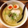 麺屋武一 - 料理写真:味玉入り濃厚鶏白湯そば 880円