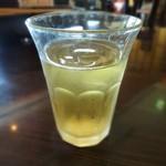ニャーヴェトナム・プルミエ - 冷たいお茶