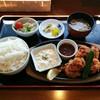 本通食堂 - 料理写真:鶏唐揚定食(650円)
