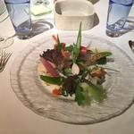 レストラン・マッカリーナ - 美しく盛りつけられたそれぞれの野菜が、味と個性を主張します