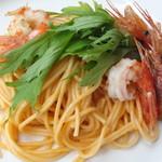 芭蕉 - 料理写真:海老のトマトクリームパスタ(日替わりパスタ)
