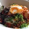 食蔵雷峰 - ドリンク写真:特製ビビン麺