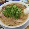 来来亭 - 料理写真:「ラーメン」(670円)。お高いけど、内容は伴ってると思います。