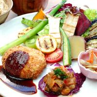 野菜と玄米の日替り健康定食