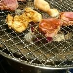 焼肉 虎にツノ - 焼き焼き(*^^*)