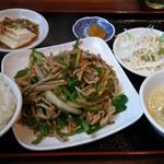 豊華 - 青椒肉絲ランチ 750円
