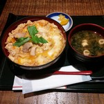 炙屋十兵衛 - 料理写真:比内地鶏究極の親子丼950円税別