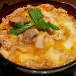 炙屋十兵衛 - 料理写真:親子丼のアップ