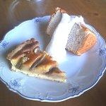 マダム ケイ - ドライと生のイチジクを載せたタルト、、バナナシフォンケーキ