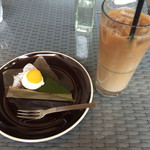 HOKI COFFEE TERRACE - カフェオレと抹茶のガトーショコラ
