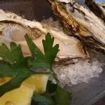 ユイットル - H16.7 牡蠣食べ比べ