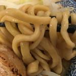 龍麺 ふえ郎 - バキバキ麺ではなく、直系の太麺風。 2016.7.23 Sat.