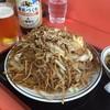 伊勢屋 - 料理写真:野菜焼きそば 大盛り ¥700