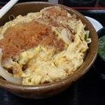 らっきー - 料理写真:カツ丼¥570