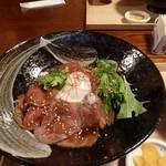 ゑびや大食堂 - 松阪牛ローストビーフ丼(ズーム)