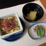 梅の花 - 料理写真:鰻セイロ、湯葉吸物、香の物(2016/07/23撮影)