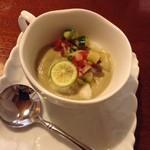 キッシュ専門店 レ・カーセ - ナスの冷製スープ