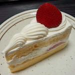 メルシー - いちごのショートケーキ(415円)