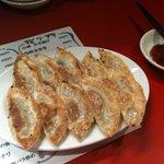301餃子 - カリカリ焼き餃子(二人前)