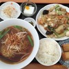 雪梅園 - 料理写真:八宝菜&台湾ラーメンセット980円