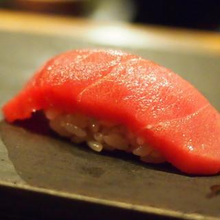 伊藤家のつぼ STAND SUSHI BAR - 料理写真: